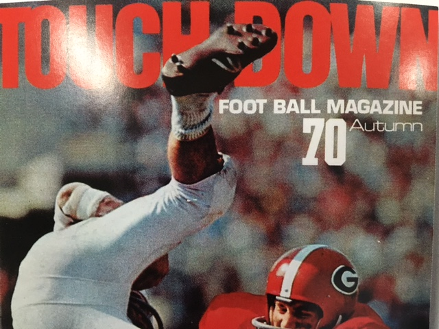 1970年秋に発行された「TOUCHDOWN誌」創刊号の表紙