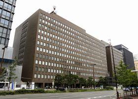 九州電力本店=2011年7月、福岡市中央区