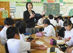 五輪の価値や、感謝の大切さについて生徒に語り掛ける高尾さん=鴻巣市で