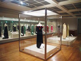 越路吹雪の舞台衣装=東京・代々木の文化学園服飾博物館