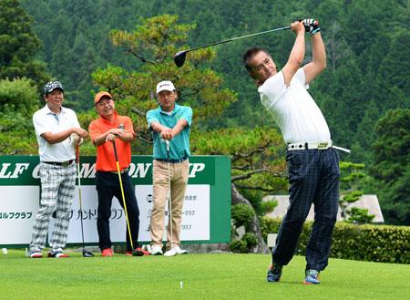 尾子が首位通過、37人決勝へ 京都・滋賀オープンゴルフ予選