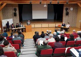 持続的な地域づくりを目指しNPO設立の趣旨を紹介した住民報告会