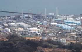 廃炉作業が続く福島第1原発の構内=2020年2月22日、双葉町