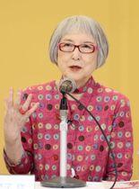 児童文学館への思いを語る角野栄子さん=11日、東京都江戸川区