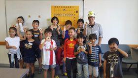 シドニー将棋クラブのメンバーと記念写真