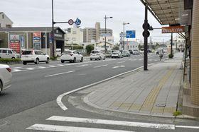 和歌山県警の男性巡査が拳銃を落とした現場付近=15日午前、和歌山市