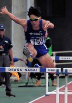 男子400メートル障害決勝 48秒92の大会新記録で優勝した住友電工の鍜治木崚