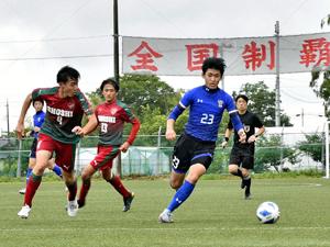 悔しさ糧、本気の戦い 県高体中止...サッカー私立4校対抗戦