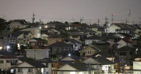 きれいな家々が並ぶ東日本のベッドタウン。30代男性はこの街で15年近くひきこもっていた。(イメージ写真)