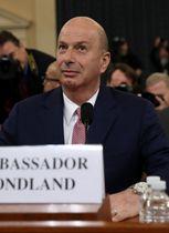 公聴会に出席したソンドランド駐欧州連合(EU)代表部大使=20日、ワシントン(ゲッティ=共同)
