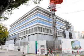 来年5月の供用開始へ向け、建設が進む大宮区役所新庁舎=17日午後、埼玉県さいたま市大宮区吉敷町