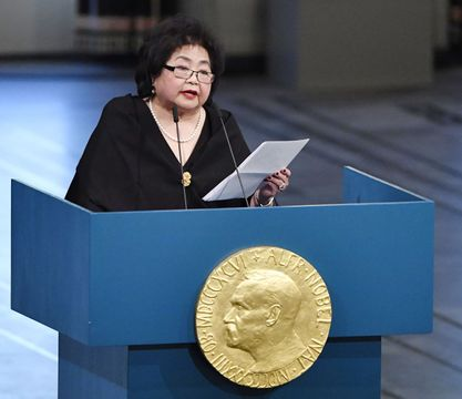 ノーベル平和賞の授賞式で演説するサーロー節子さん=10日、オスロ(共同)