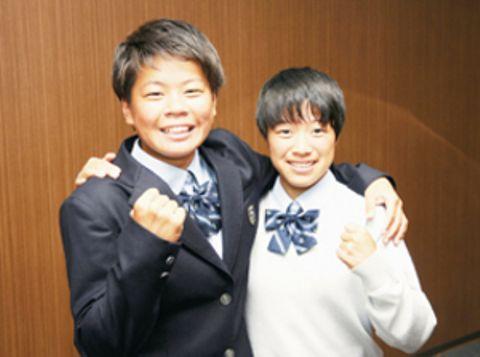 サッカー 大谷室蘭の高橋明里と竹内千璃 えひめ国体の北海道代表