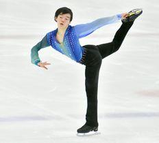 【フィギュアスケート 全日本ジュニア選手権 男子SP】豊かな表現力とスケーティング技術の高さで首位に立った星槎国際高横浜・鍵山 =コーセー新横浜スケートセンター