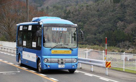 実際のバス路線を自動走行、鳥取