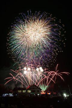地域の誇り磨き、毎月花火が打ち上がる街に 大曲花火倶楽部(第4回優秀賞、秋田県大仙市)