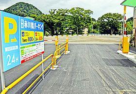 総駐車台数157台の飯坂赤川橋パーキング