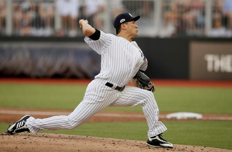 ロンドンで開催された大リーグのレッドソックス戦に先発したヤンキースの田中将大投手(AP=共同)