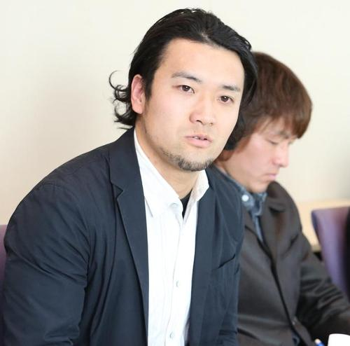 フットサル普及についての取り組みを語った小宮山さん=17日、汐留、撮影:Yosei Kozano