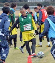 新たな気持ちで今季の練習をスタートさせた松下=1月中旬、栃木市総合運動公園陸上競技場