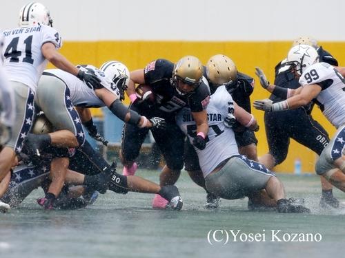 雨中の激戦となったアサヒビール戦、オービックは後半無得点に終わった=撮影:Yosei Kozano