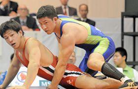 えひめ国体最終日 レスリング成男グレコ 鳥取勢2人準優勝