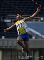 男子走り幅跳び決勝 7メートル86で準優勝した小田(ヤマダ電機)=埼玉・熊谷スポーツ文化公園陸上競技場