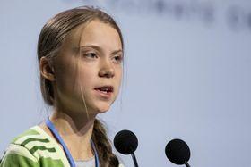 COP25の会場で演説するグレタ・トゥンベリさん=11日、マドリード(ゲッティ=共同)