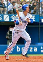 【横浜DeNA-阪神】4回裏横浜DeNA2死一、三塁。楠本が3ラン