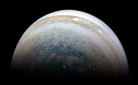 NASAの探査機ジュノーが撮影した木星=2018年5月(NASA提供)