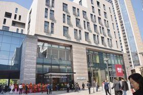 中国・深センに開業した「MUJI HOTEL」=18日(共同)
