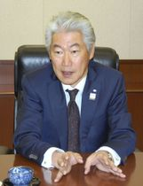 インタビューに応じる野村ホールディングスの永井浩二グループ最高経営責任者
