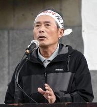上関原発建設に反対する集会で訴える清水敏保さん=23日午前、山口市