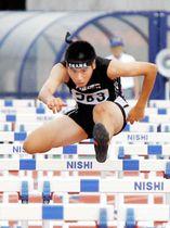【男子110メートル障害決勝】優勝した愛媛大附・田坂登志貴。予選で14秒57の大会新記録を出した=ニンスタ