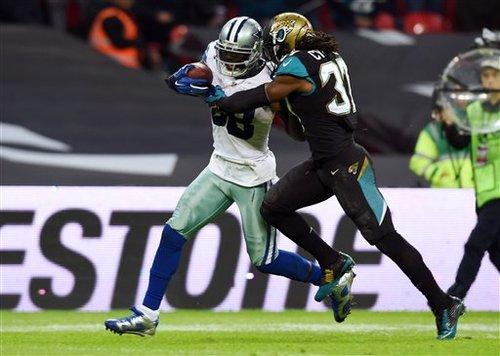 NFLでのLED広告は海外で開催される試合で許されている(AP=共同)