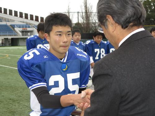 最優秀選手に選ばれた関西学院の前島仁選手=写真提供・日本中学生アメリカンフットボール協会