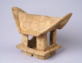 岡山市の金蔵山古墳で見つかった家形埴輪