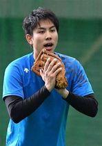 ショートの定位置を狙い、出場は80試合以上を目指す太田