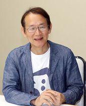 「5年ぶりの新作を楽しみにしてほしい」と話す周防監督=北日本新聞社