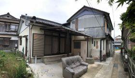 社会福祉法人が障害者4人を約4カ月住まわせていた木造建物=南島原市加津佐町