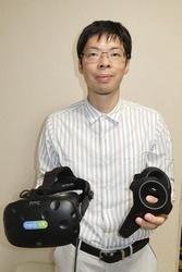 仮想現実(VR)を使ったリハビリ装置「カグラ」を考案した原正彦・島根大客員教授