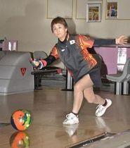 世界シニア選手権の出場を目指し練習に励む鳥谷部さん