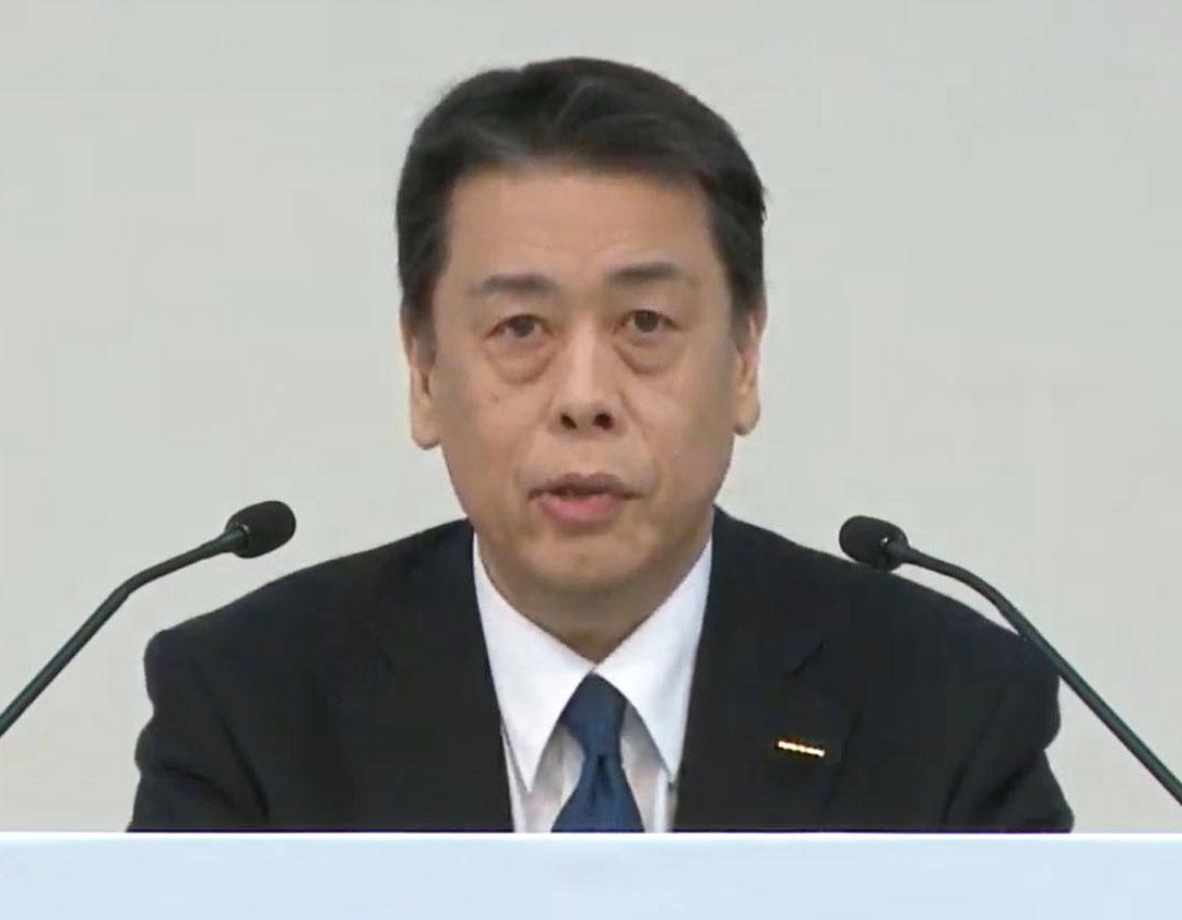 オンラインで決算と中期計画について説明する日産自動車の内田誠社長兼CEO=28日午後