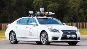 トヨタ自動車が米国での走行試験に使っている自動運転車(同社提供・共同)