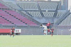 鹿島が無観客で実施した札幌との練習試合=3月21日、カシマスタジアム