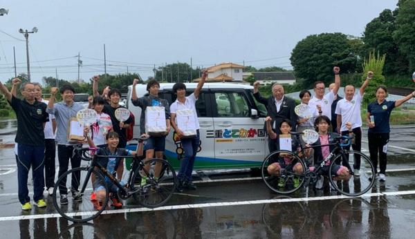 志摩 三重国体会場地で練習励む 県トライアスロン協会が強化合宿