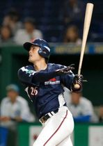 JR四国-三菱重工神戸・高砂 7回裏三菱重工神戸・高砂2死、那賀が左越えに2打席連続本塁打となる満塁弾を放つ