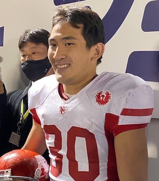桜美林大との試合後、メディアの質問に答える日大のRB川上理宇選手=11月29日、アミノバイタルフィールド