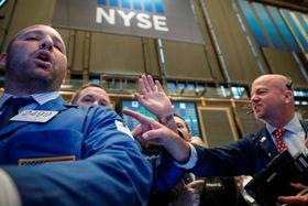 21日のニューヨーク証券取引所(ロイター=共同)