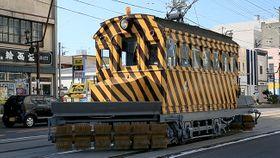 函館市電のササラ電車